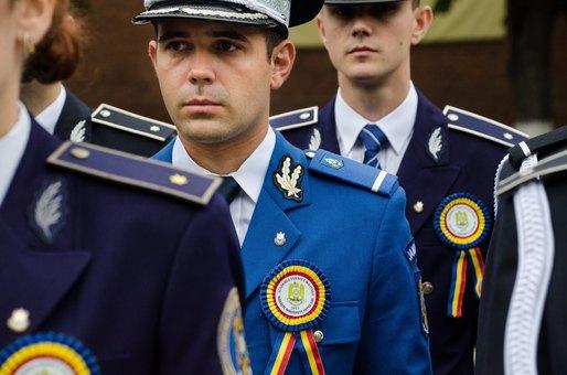scăderea în greutate a forțelor de ordine
