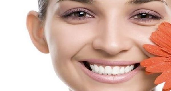 îndepărtați sub depozitele de grăsime pentru ochi flush corp pentru a pierde in greutate