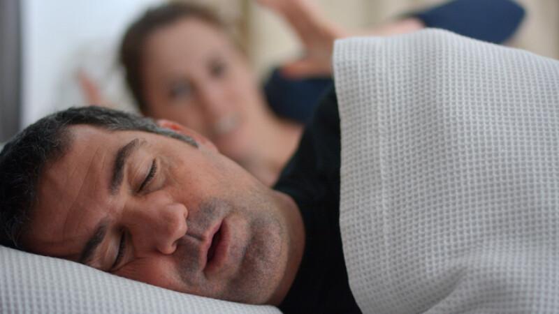 cum să pierzi mai multă grăsime în timpul somnului)